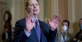 Wyden's Billionaire Income Tax Is Ambitious But Problematic